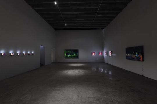 """时晓凡现在画廊的个展""""在哈瓦那完成的「摄影」"""""""