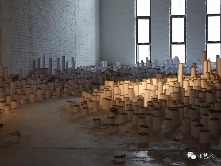 """2009年6月6日至2009年8月30日.由冯博一策划的""""空间的多米诺计划""""在北京陈绫蕙当代艺术空间展出"""