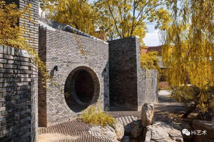 闫士杰 他建了一座最当代的园林美术馆,建馆耗时久过开馆历史