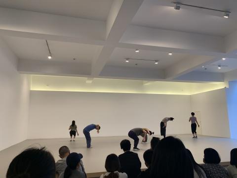 现场舞蹈表演