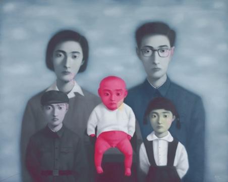 张晓刚《大家庭16号 (血缘系列)》 200 x 250cm 油画画布 1998 估价:2000万-3000万港元