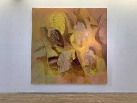 《水晶灯下的白色形状》 300×300cm 布面油画 2018-2019