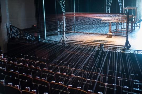第一届乌镇国际艺术双年展,安·汉密尔顿《唧唧复唧唧》装置 综合材料 2016