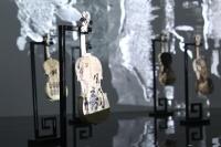 诗蓝在艾米李画廊首展 深层次的中西碰撞和地域迁徙