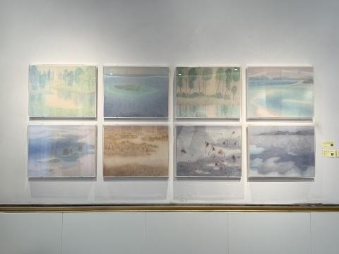 """""""景致内外""""展览现场,张硕的纸本水墨作品(标价5500元)"""