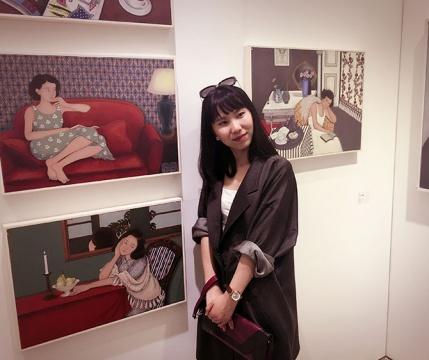 孙静 1986 生于湖北武汉 2009 毕业于苏州大学艺术学院 2010-2011 于敦煌画院学习壁画 现工作生活在北京