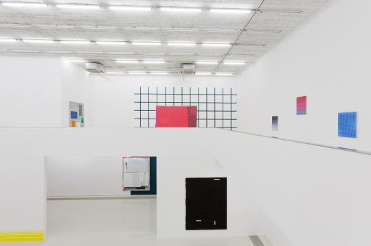 """恩里科·巴赫最新个展   绘制的从内而外与视觉的""""由表及里"""""""