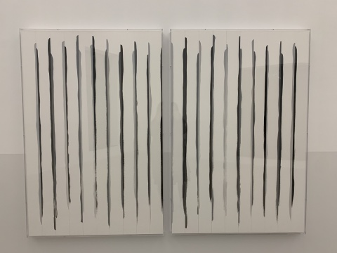 《奇数与偶数系列:竖条》 50×70cm×2 综合材料 2019