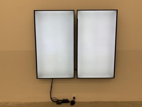 《之间2》 尺寸可变 录像,双屏 2019