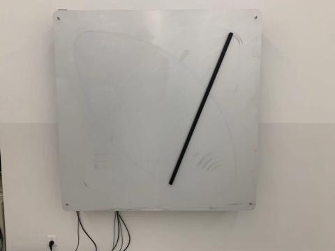 《矩形与圆》 150×150cm 动力装置 2019