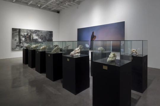 近十年创作汇总 何汶玦在玉石中探索观念