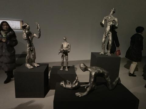 """柔情与暴力并存的""""轻重之间"""" 耿雪作品展亮相筑中美术馆"""