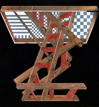 《天国的阶梯》 改装楼梯及酚醛胶夹板 168×152cm 2019