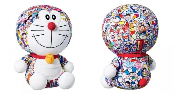 村上隆与优衣库合作的哆啦A梦毛绒玩具