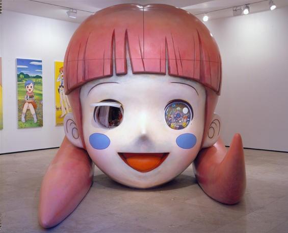 2008年,隶属于KAIKAI KIKI有限公司的画廊KAIKAI KIKI Gallery在东京元麻木区正式开幕。村上隆利用画廊为新晋艺术家们提供了展示作品的机会,并经常引入西方新鲜的艺术展览