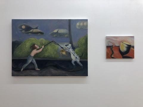 黄冰洁 《梦里的战斗》 60×80cm 布面丙烯 2018 (左)《飓风》 25×30cm 布面油画 2018(右)
