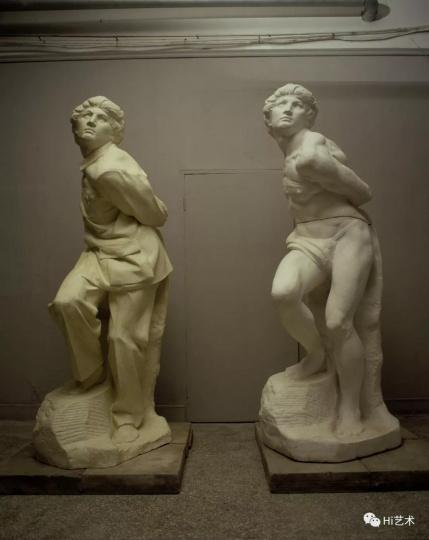 《衣纹研究被缚的奴隶6#》 玻璃钢 涂漆,雕塑b 1998
