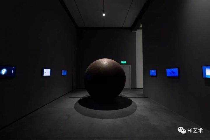 """""""体系的回响1997-2019""""展览现场"""