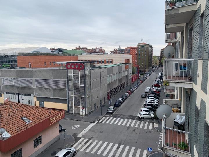 疫情下空荡的米兰街头(图:印帅)