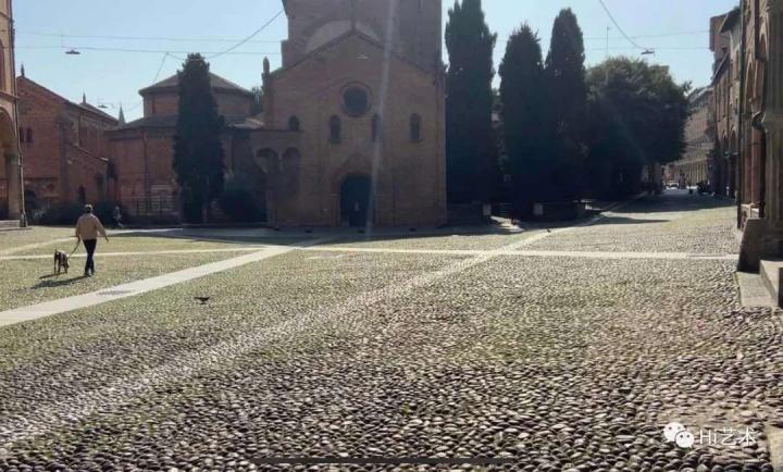 博洛尼亚圣斯德望圣殿