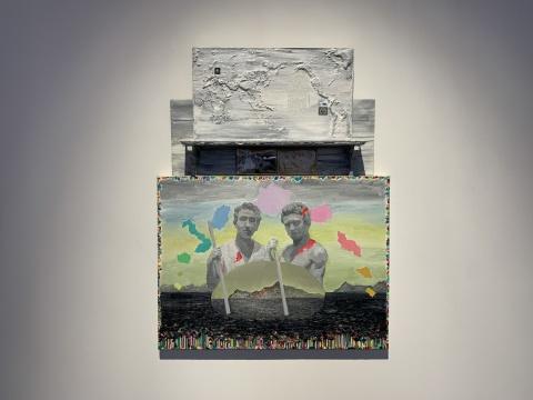 薛峰《弗洛雷娜岛的唏嘘之境》106×80cm 布面油画、木板、邮票、木架、明信片 2020