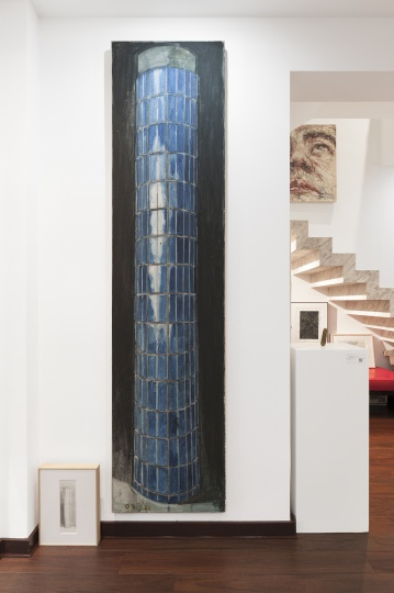 张恩利2007年的作品《柱子》,地上是这幅作品的手稿。