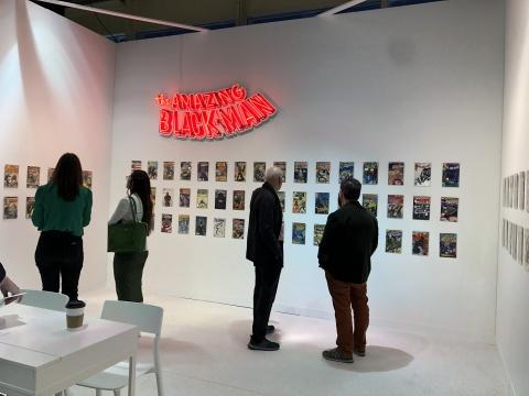 展场中有不少梳理美国黑人与少数族裔发展史的创作