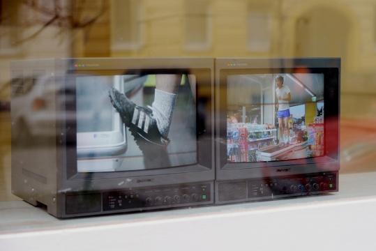 致颖 《慢跑》系列 双频高清影像 2014