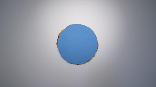 马树青 《无题20—Y-1》 R 91cm 丙烯木板、综合媒介 2019-2020 现场图