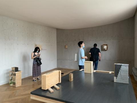 """""""盒子 二"""",zapbeijing展览现场"""