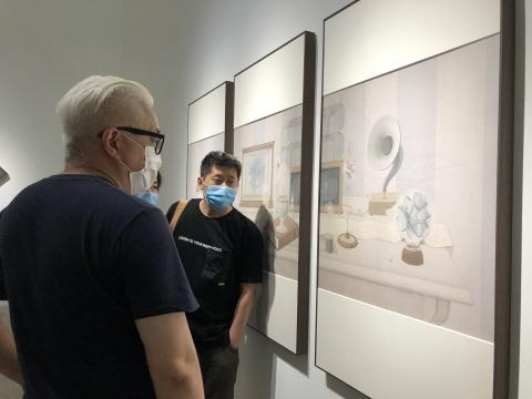 """张小黎在TONG画廊,以盒中""""黎界""""刻画微观世界"""