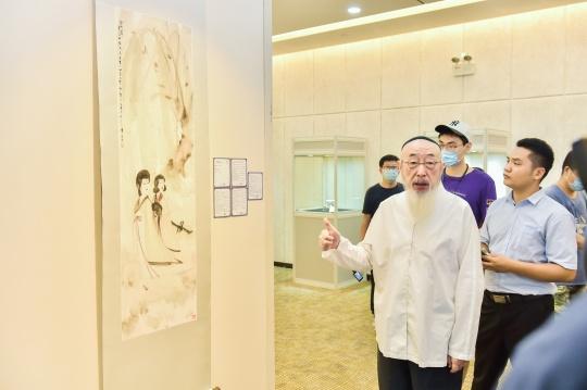 北京宝瑞盈拍卖中国书画部顾问曾一琰先生现场导赏