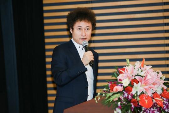 北京保利现当代艺术部总经理常天鹄介绍专场