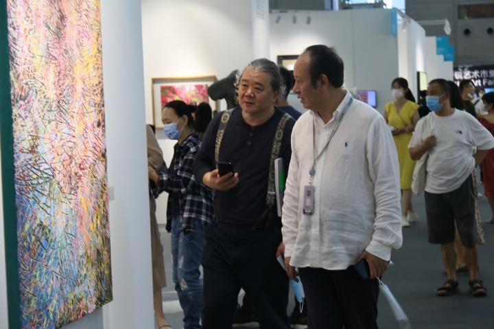 艺术家杨述与收藏家徐民奇