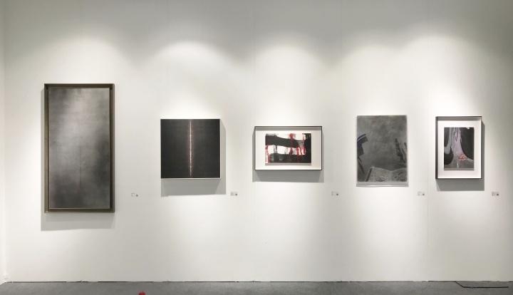 東京画廊 +BTAP首度参展,力求展现全貌,带来中日韩三国艺术家的作品。由于画廊2012年开始确立新东方主义路线,所以参展作品中东方水墨占据较大份额。
