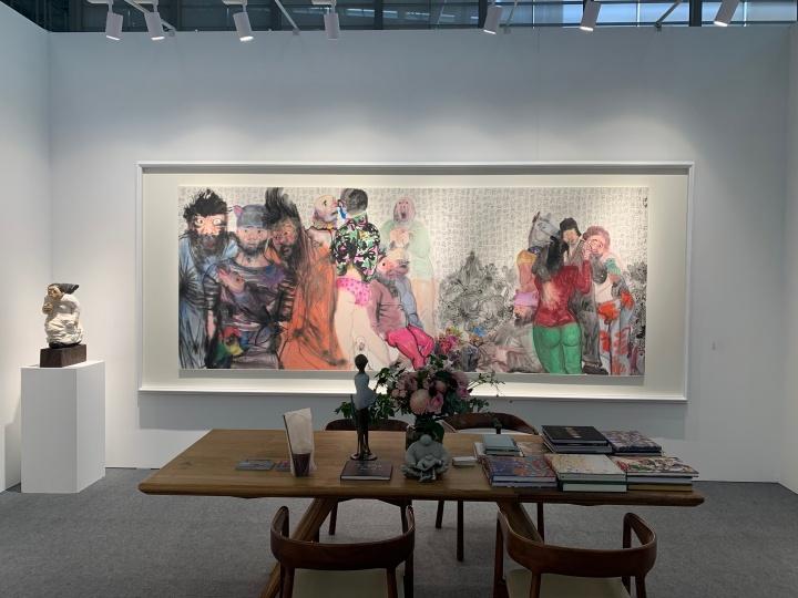 左侧李津新作《庚子之春》,192万元。