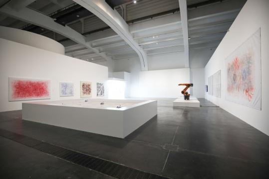 """展览现场 图片由""""UCCA尤伦斯当代艺术中心""""提供"""