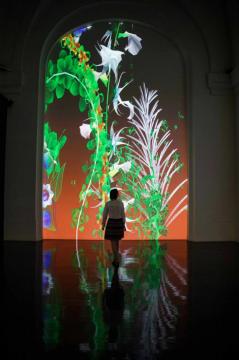 米格尔·舍瓦利耶,《超自然2018》,2018,生成式虚拟现实互动装置,尺寸可变。软件支持:希里勒·亨利、安东尼·维勒雷