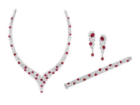 《天然缅甸无烧红宝石套组》,来自珺豪珠宝
