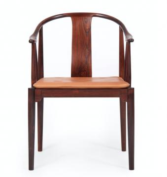 《中国椅》,来自YAH艺术空间