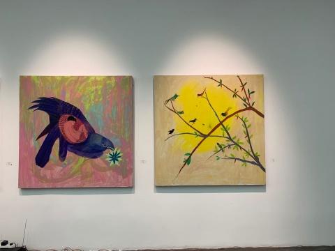 右《创世纪NO.9》150×150cm 布面油画 2020左《创世纪NO.10》150×150cm 布面油画 2020