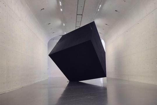 刘韡《暗物质》,龙美术馆(西岸馆)展览现场