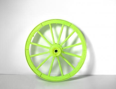 《车轮》直径:90cm现成品,漆2007