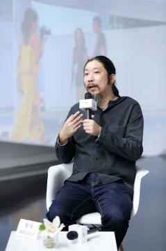 鲍栋  北京当代艺术总监  艺术评论家  策展人