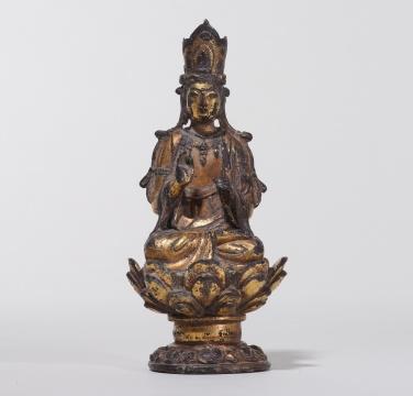辽 铜鎏金菩萨 高 16 cm 估价:HK$ 100,000-150,000