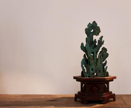 杨东鹰 《颐和》 15×13×27cm 9版铜着色 2020