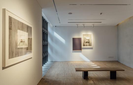 """展览""""目之所及""""展览现场 阿那亚艺术中心"""