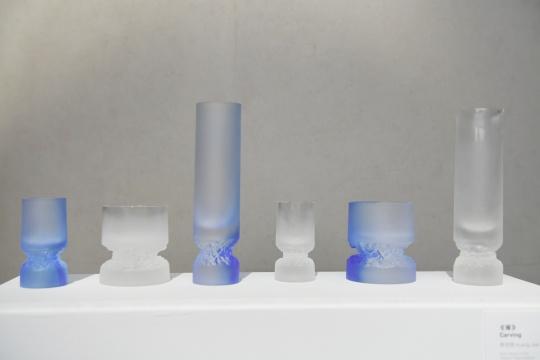 《琢》5 x 5 x 17cm /7.5 x 7.5x 8.5cm /4.5x 4.5x9cm 铸造玻璃2020