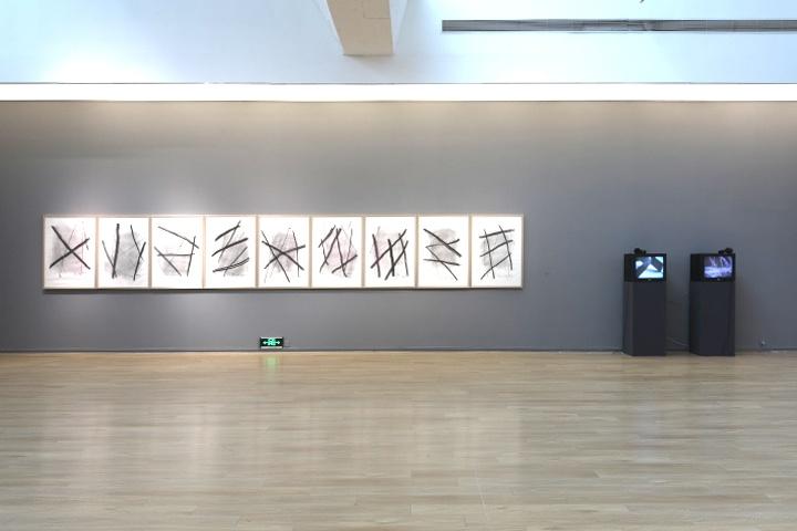 """谭平""""绘画是什么1984-2021""""展览现场"""