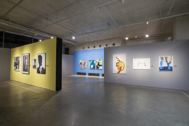 """""""后时尚时代""""展览现场(2021)"""